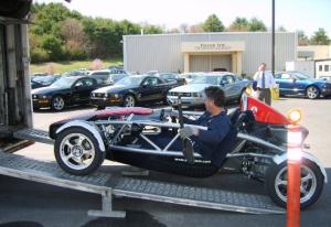 specialty-enclosed-auto-transport
